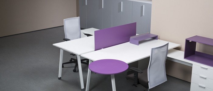 Custom manufacturers of office furniture