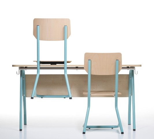 Thulema school desks