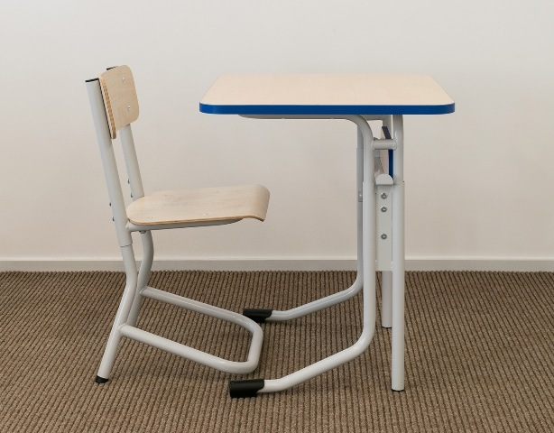 Adjustable school desks chairs